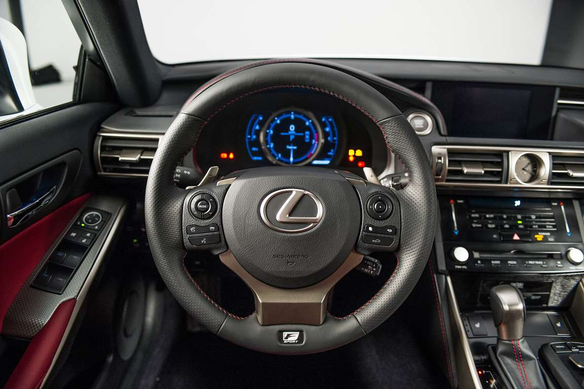 Lexus IS #9137353