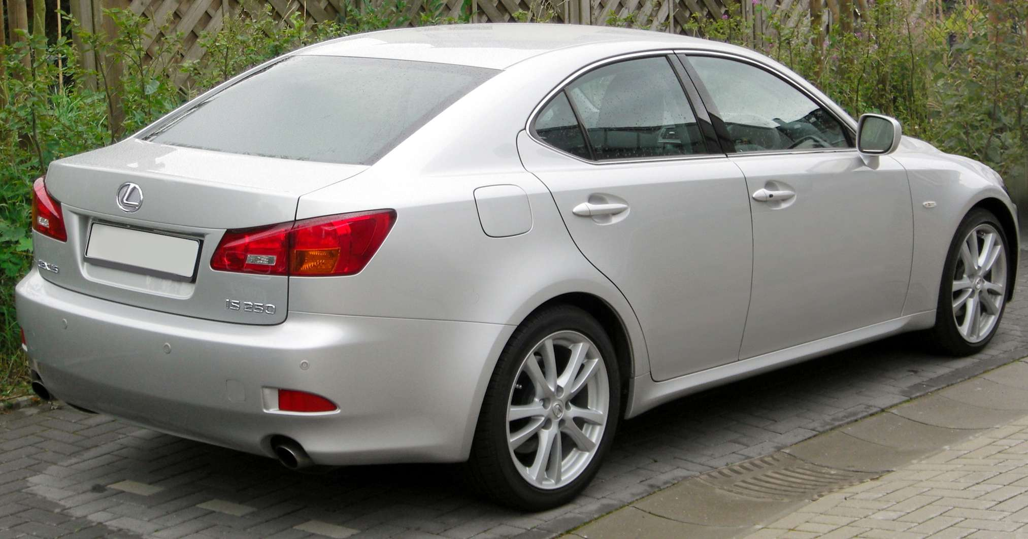 Lexus IS250 #8437248