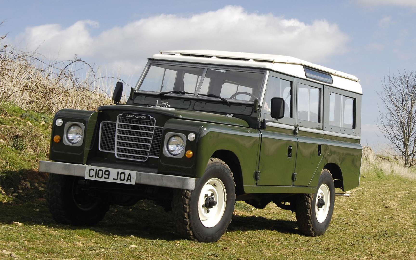 Land Rover Series 3 #7327753