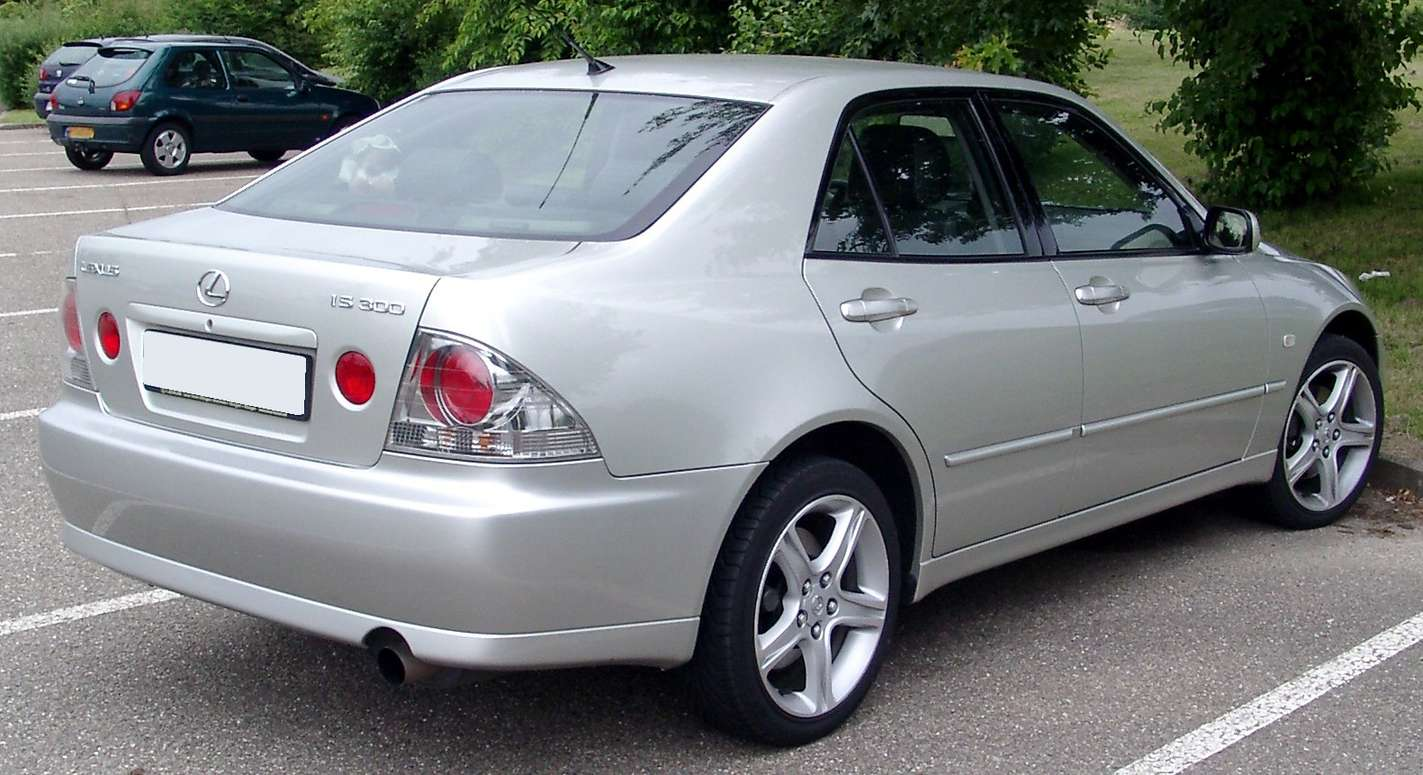 Lexus IS 300 #8001839