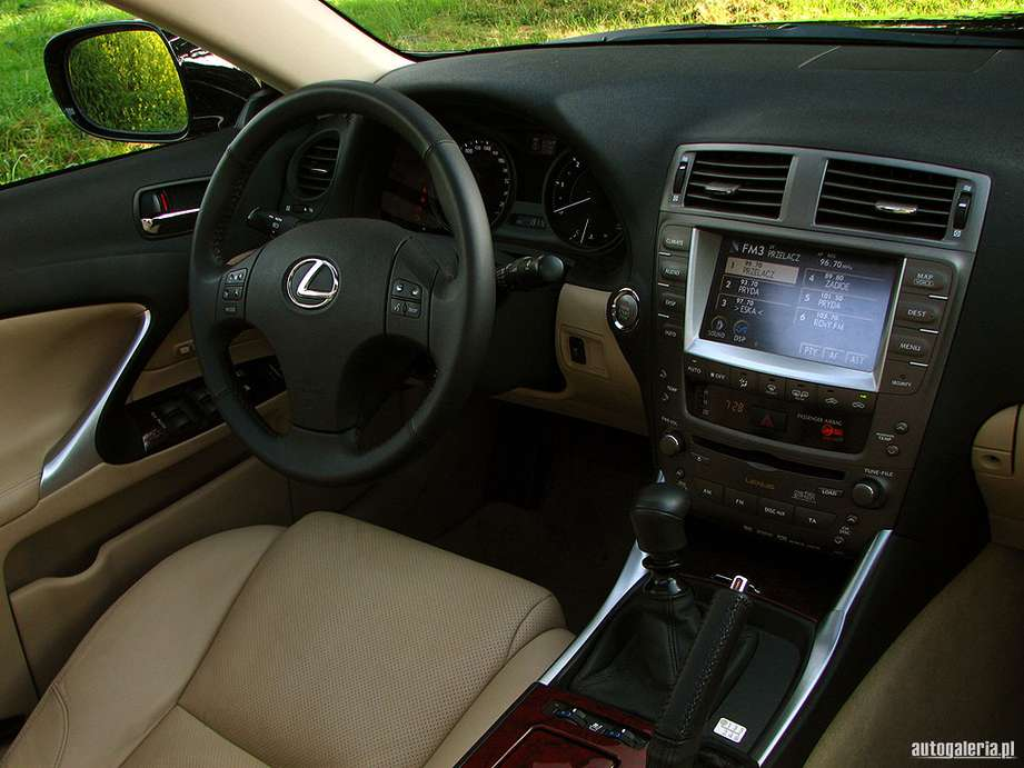 Lexus IS 220d #7702284