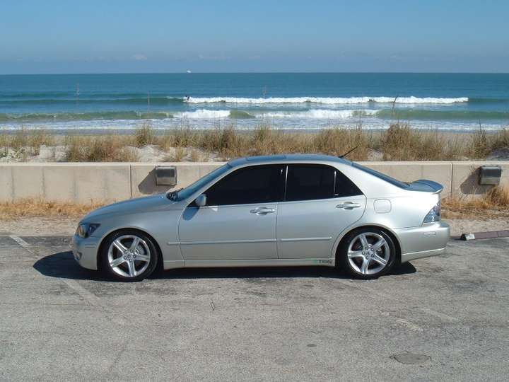 Lexus IS300 #7976400