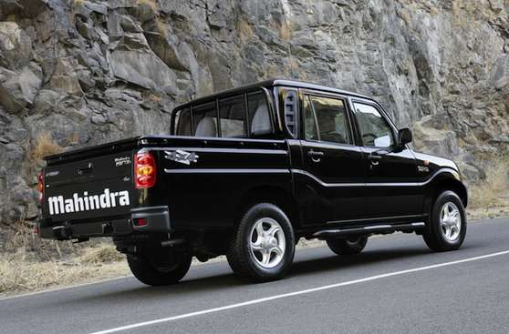 Mahindra Pick-up #7655619