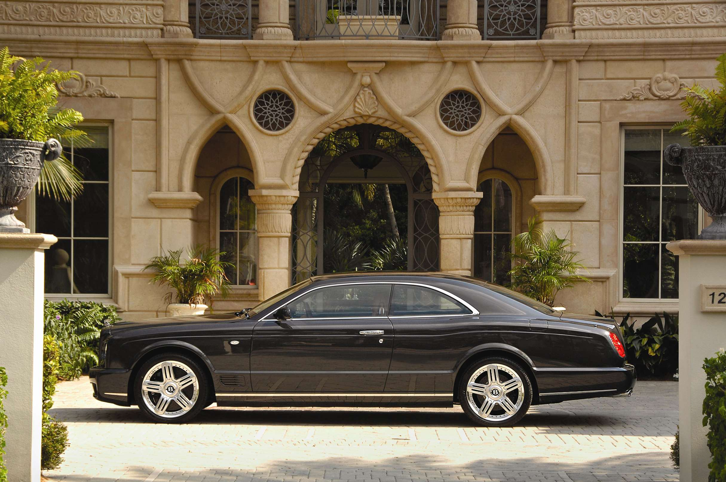 Bentley Brooklands #9337139