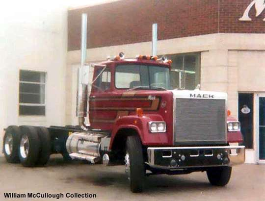 Mack Superliner #7335445