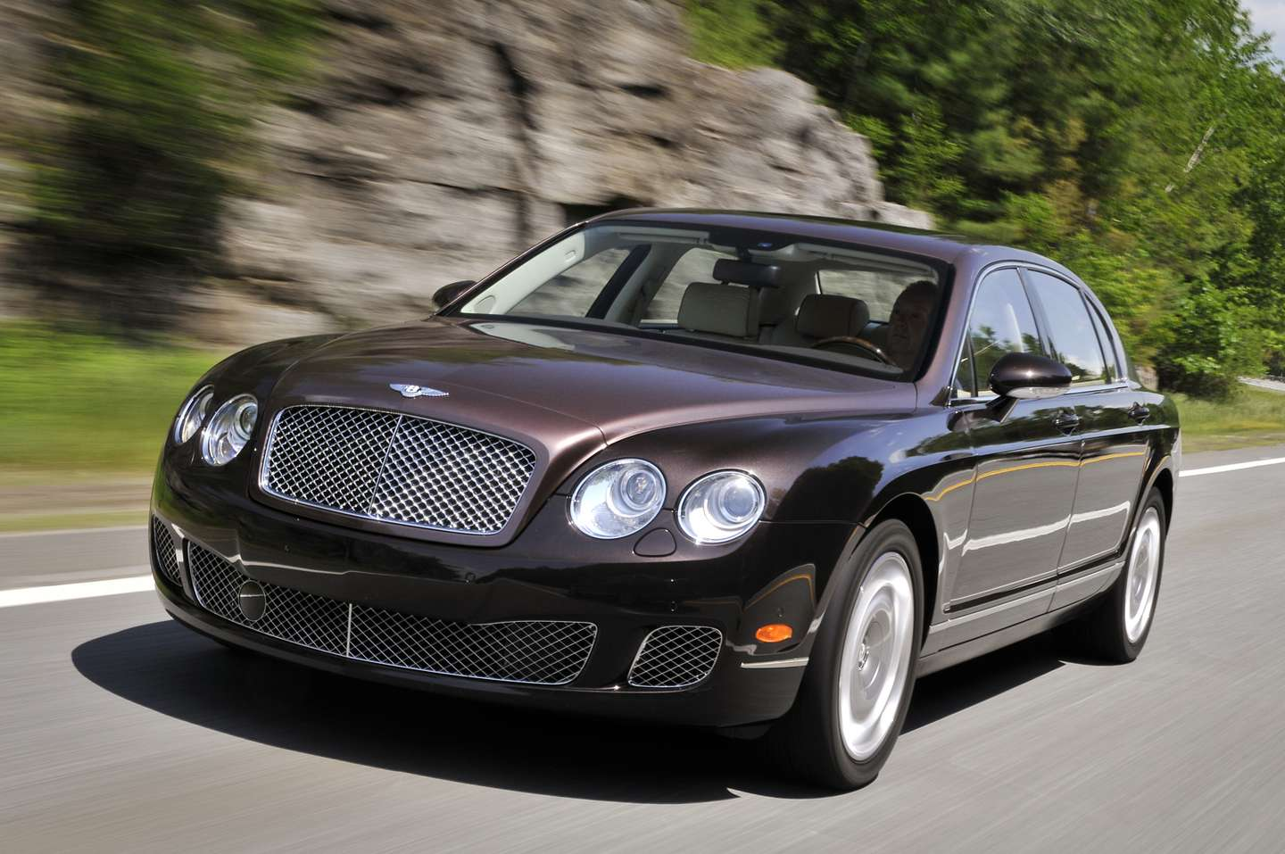 Bentley Continental Flying Spur #8229806