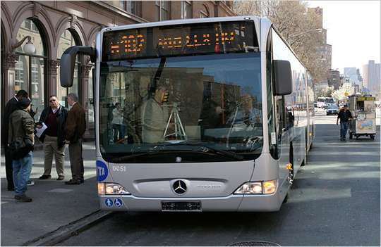 Mercedes-Benz_Bus