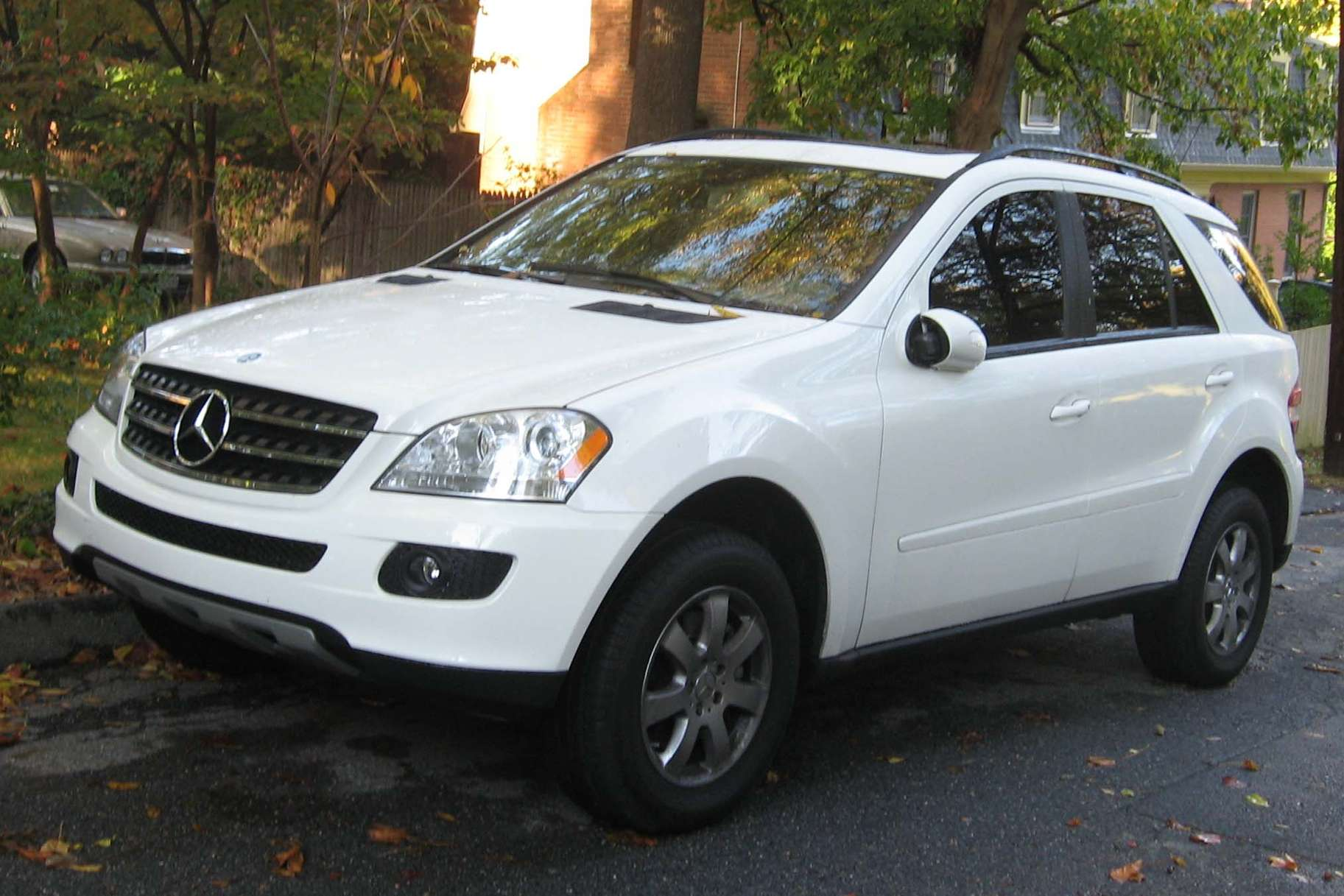 Mercedes-Benz ML 350 #9188871
