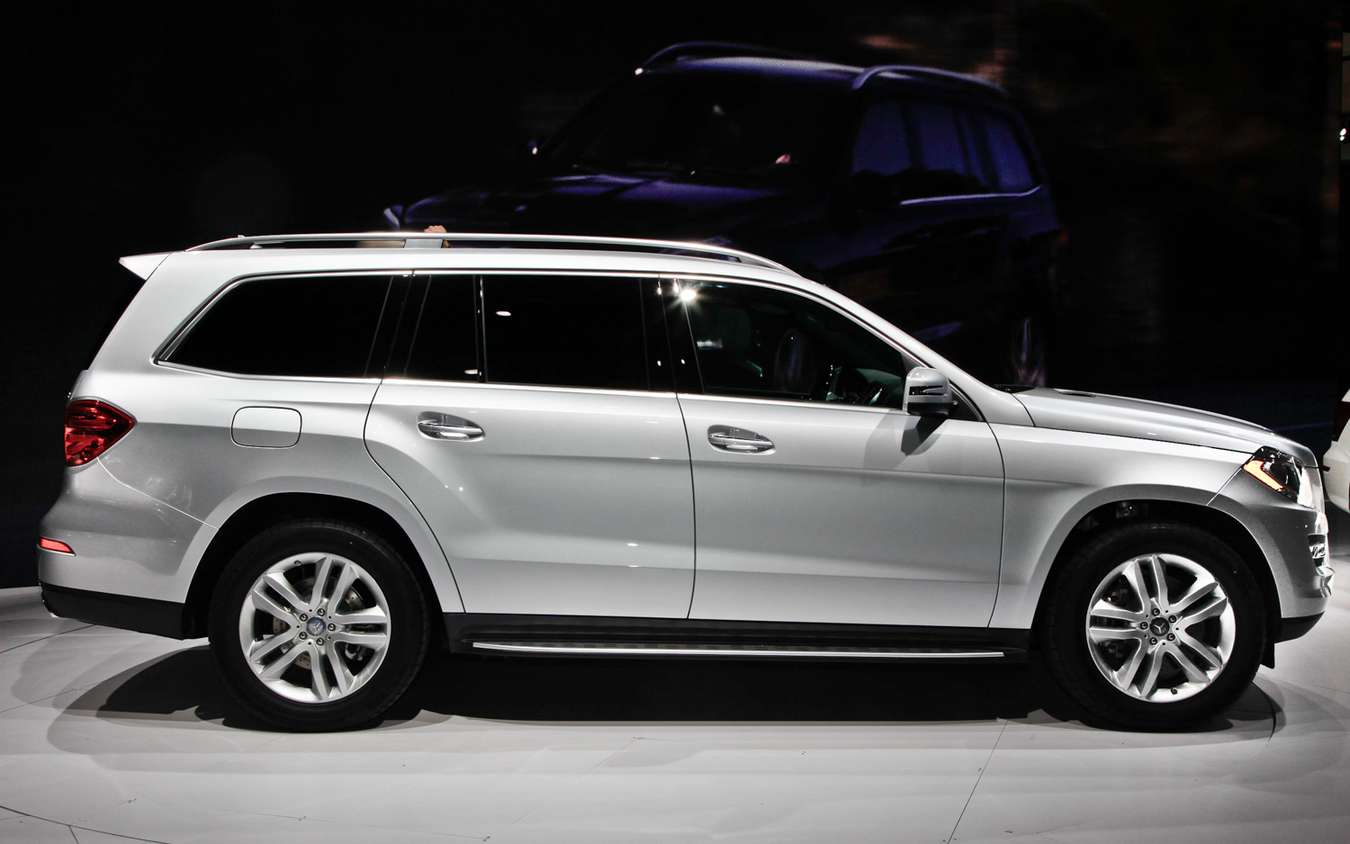 Mercedes-Benz GL #8076346