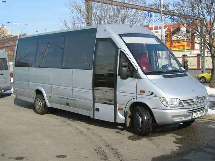 Mercedes-Benz Sprinter #9081448