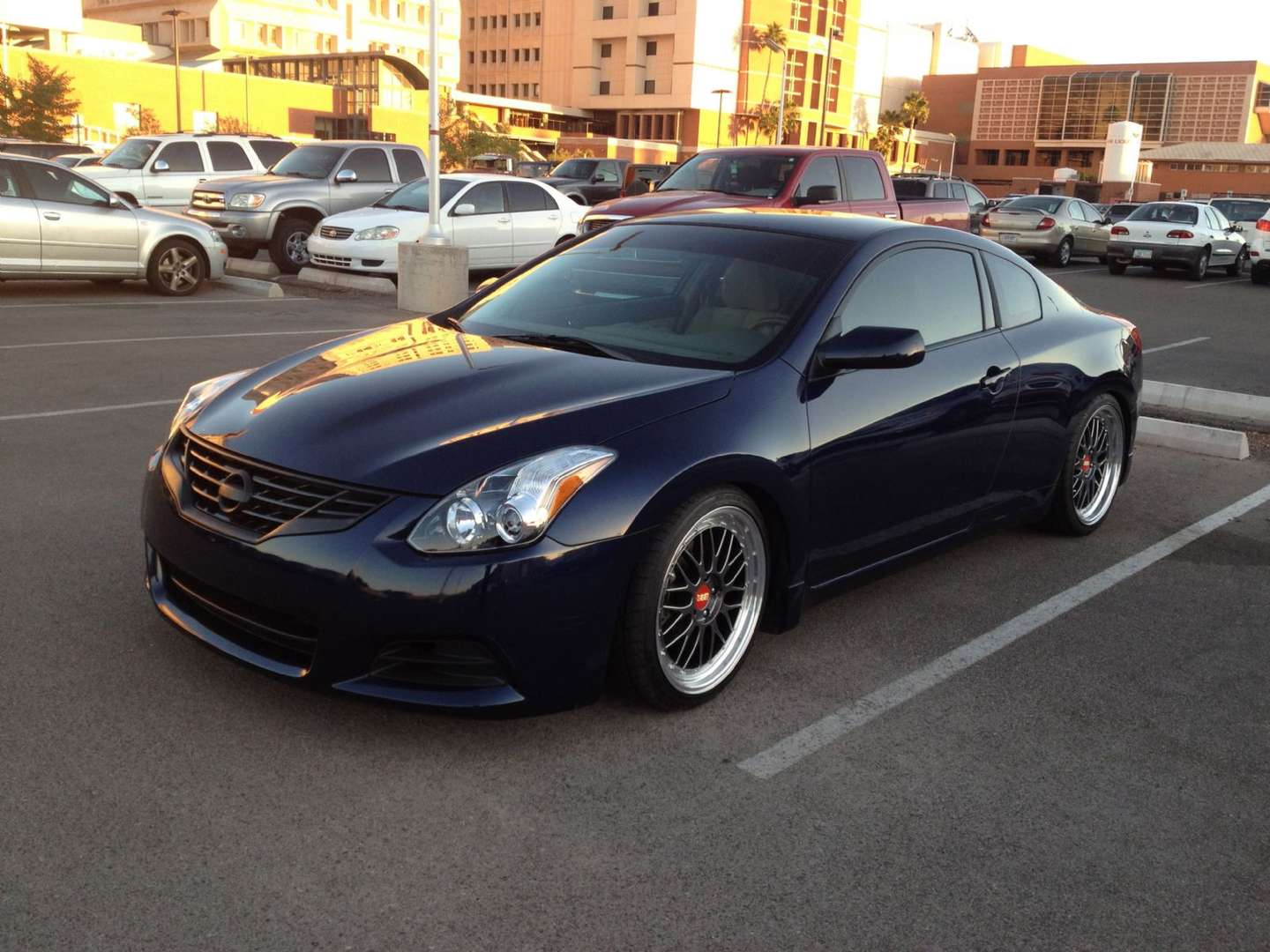 Nissan Altima Coupe #9660773