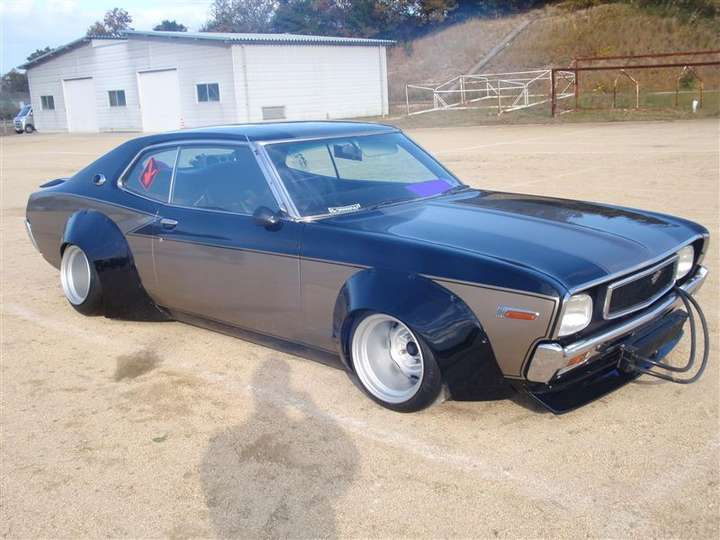 Nissan Laurel #9218348