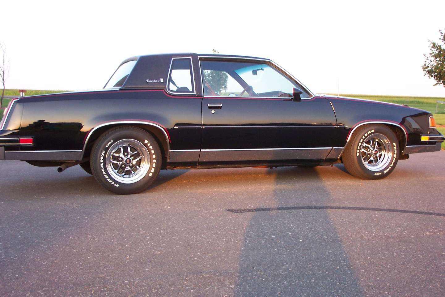 Oldsmobile Cutlass Supreme #7505891