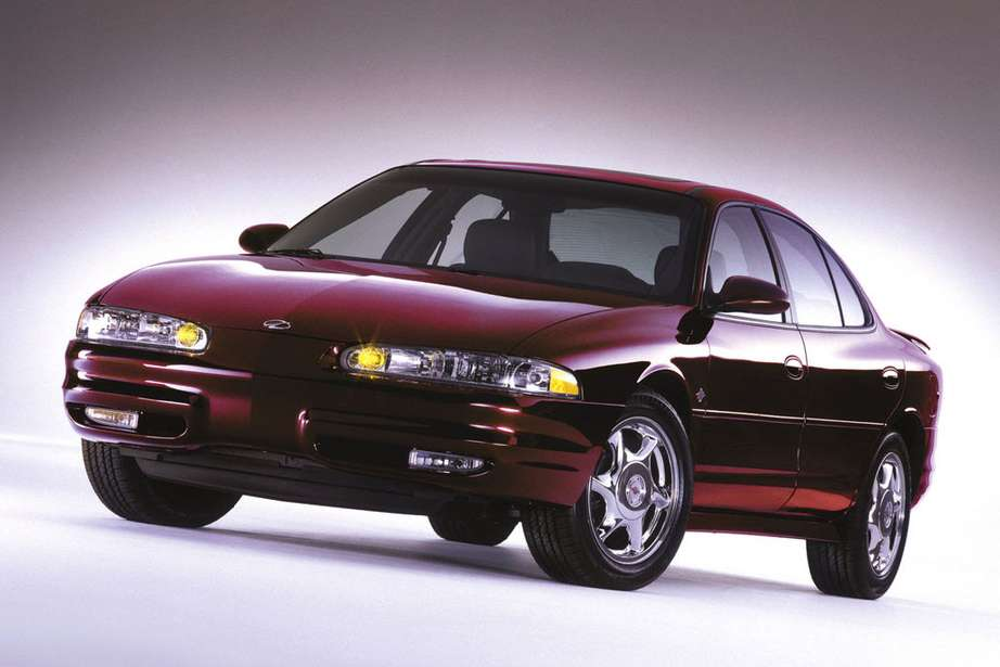 Oldsmobile Intrigue #7679762