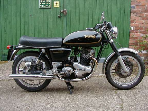 Norton Commando 850 #8040357
