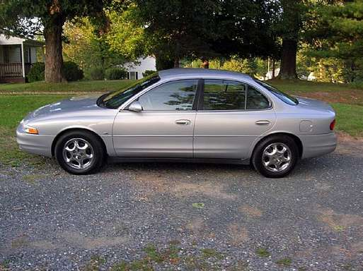 Oldsmobile Intrigue #9615891