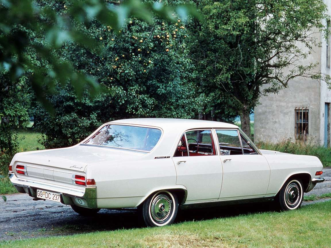 Opel Admiral #7918846