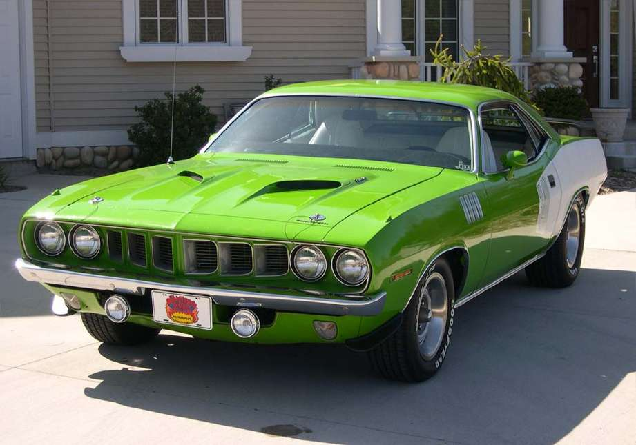 Plymouth Barracuda #7281437