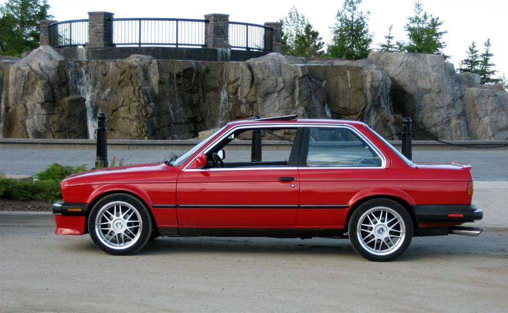 BMW 325is #8205548