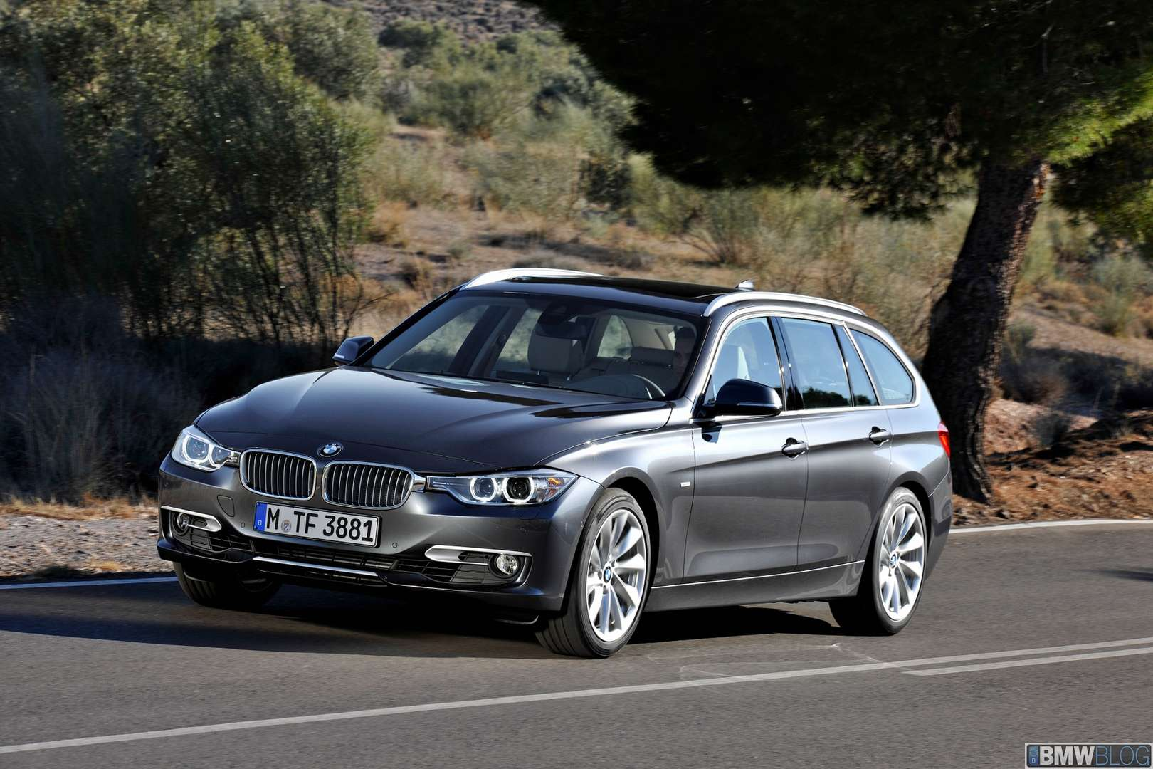 BMW 3-Series Touring #9622238