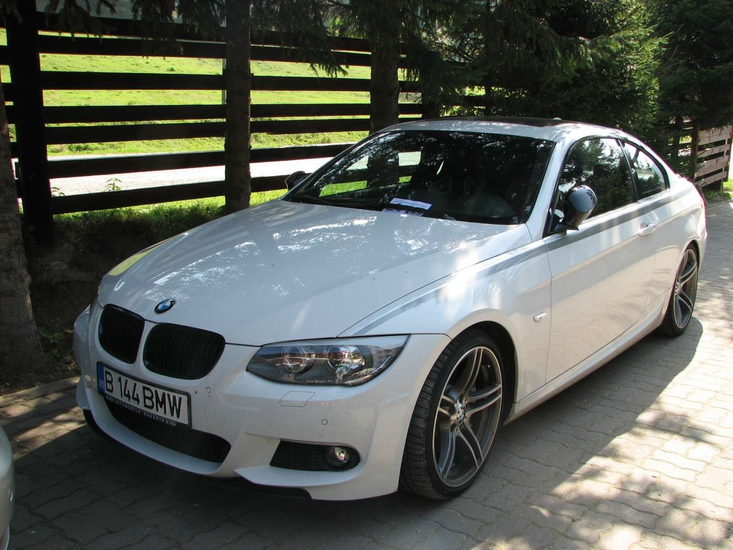BMW 335i Coupe #8799477