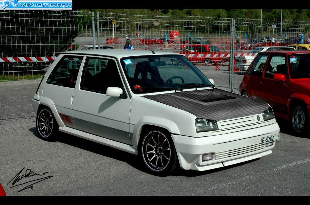 Renault 5 GT Turbo #8653358