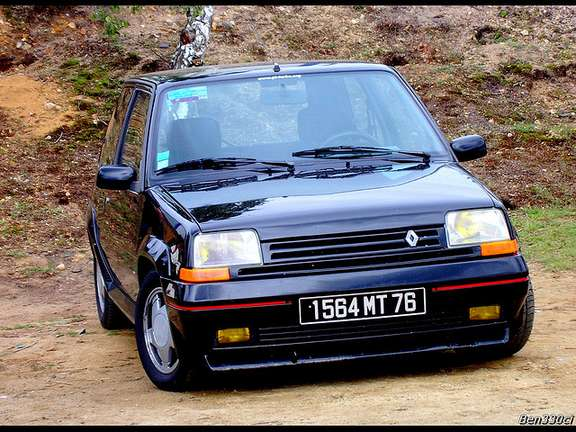 Renault 5 GT Turbo #7862530