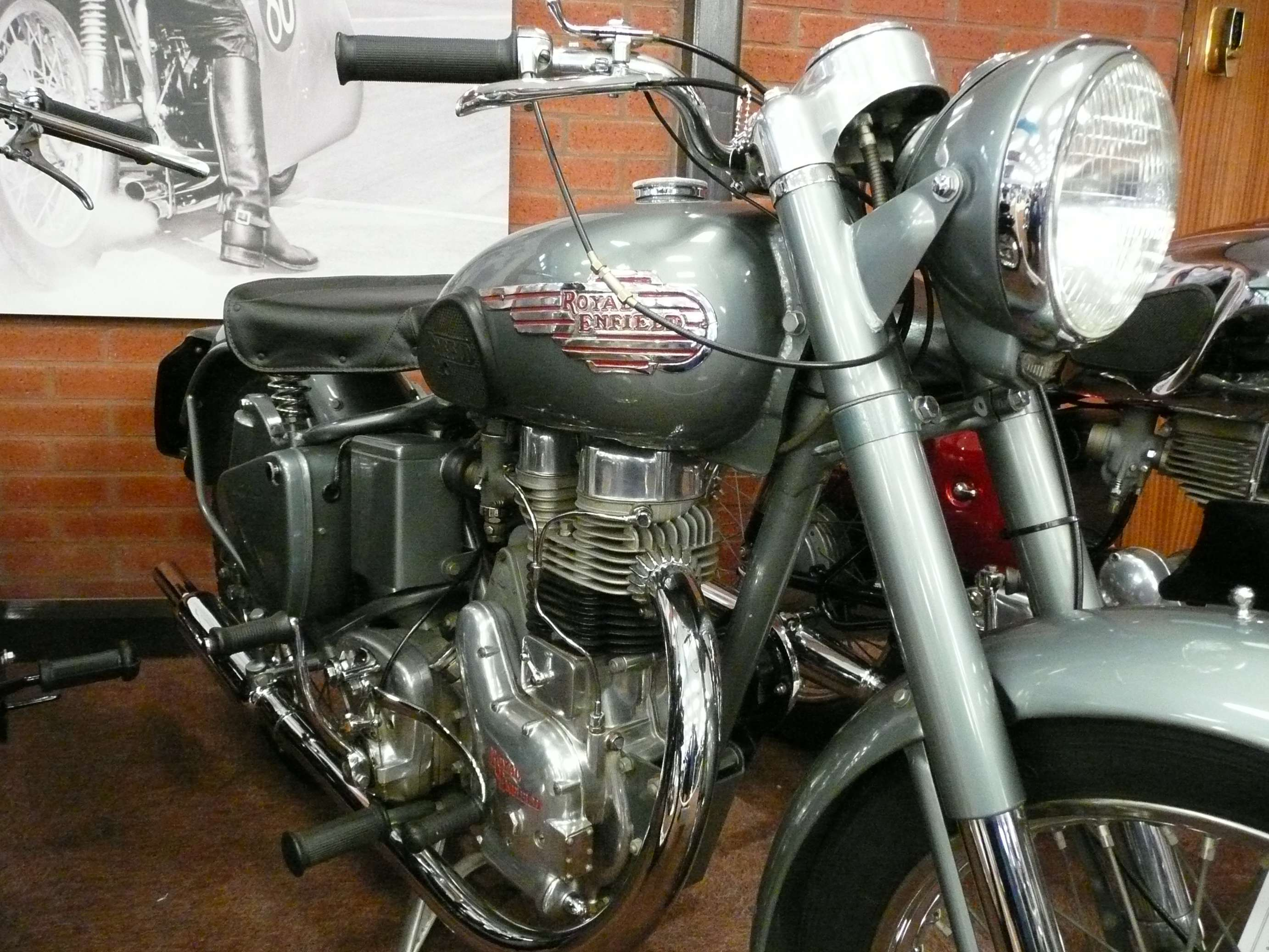 Royal Enfield Bullet 350 #8276726