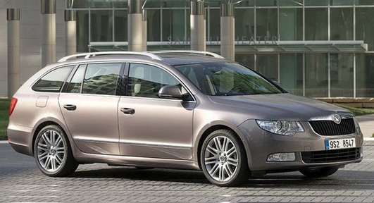 Skoda Superb Estate #9484651