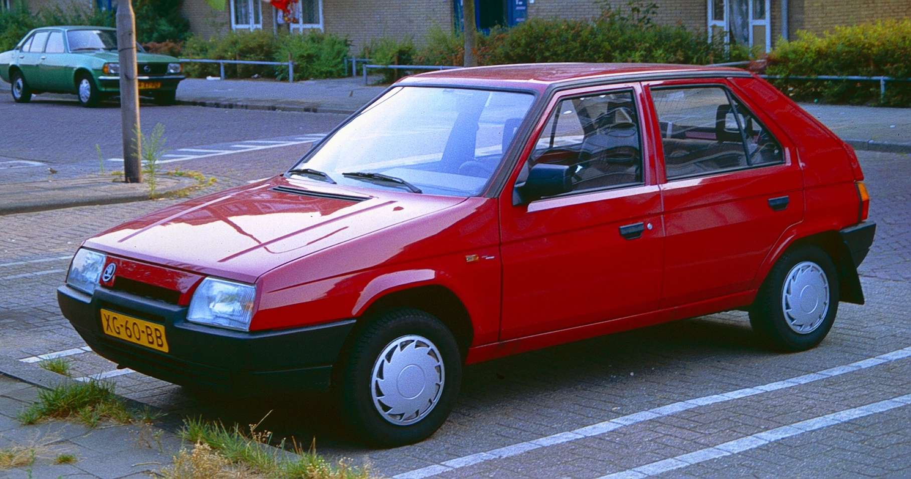 Skoda Favorit #9754014