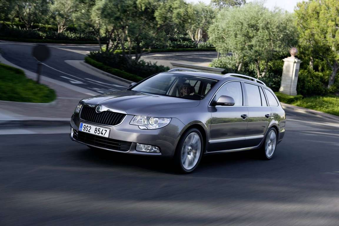 Skoda Superb Estate #9996669