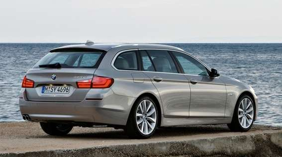 BMW 5-series Touring #7421409