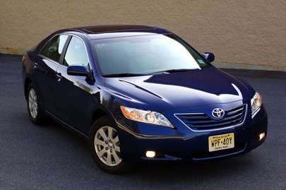 Toyota Camry XLE #7619314