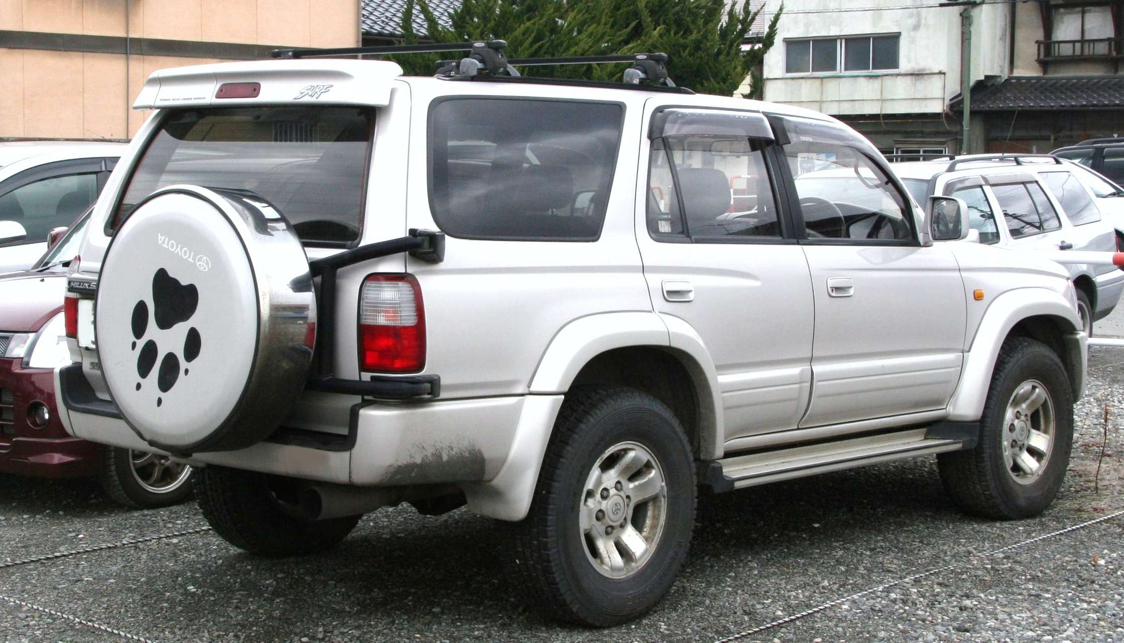 Toyota Hilux Surf #8601697