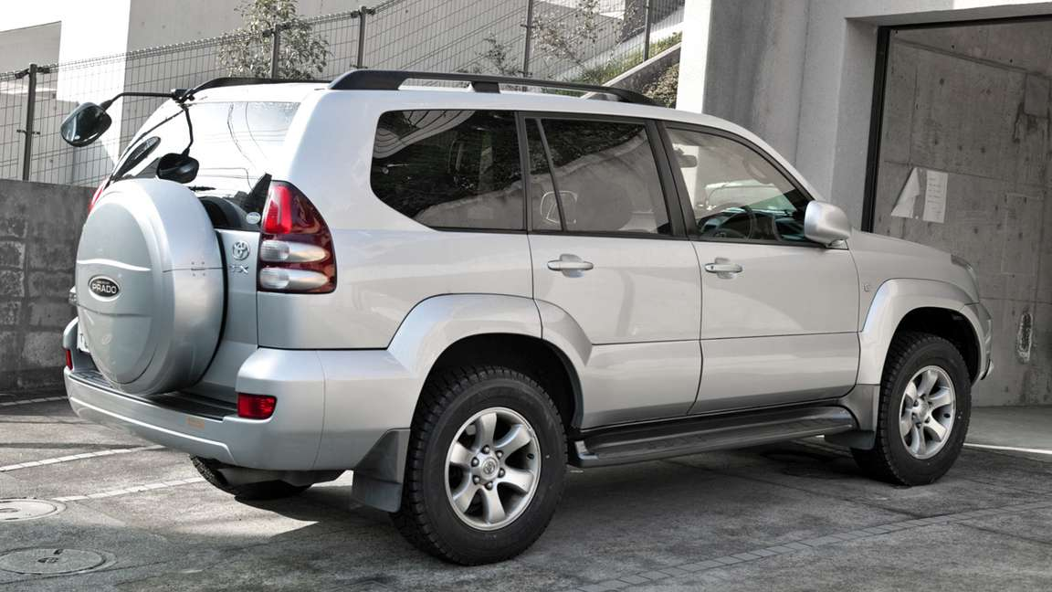 Toyota Land Cruiser Prado #9971017
