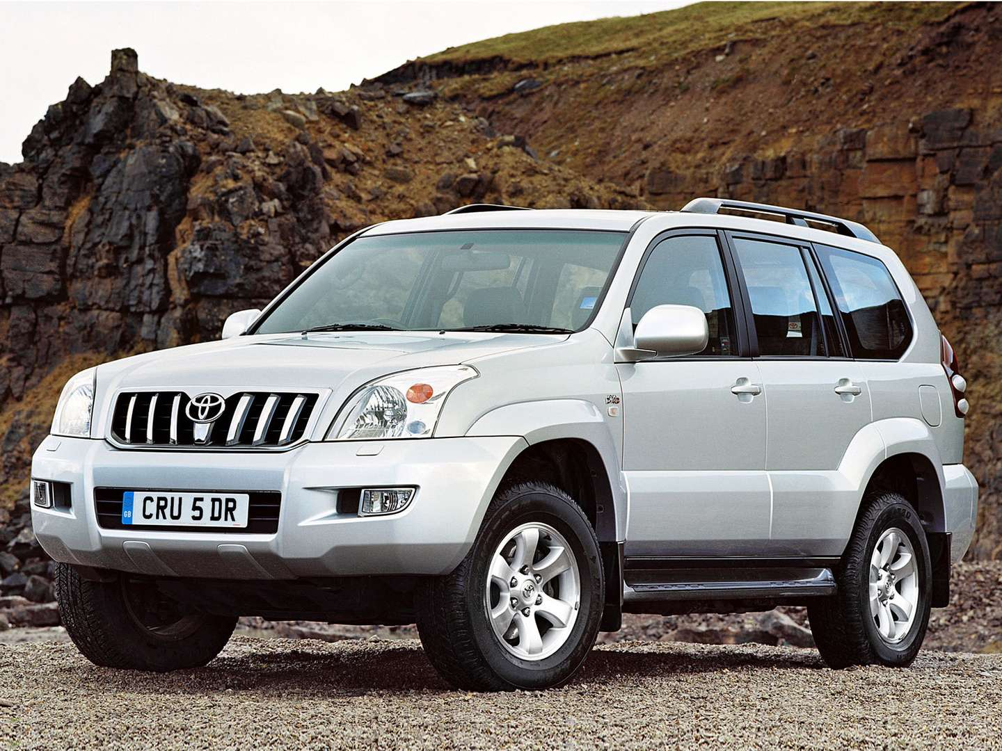 Toyota Land Cruiser Prado #9506854