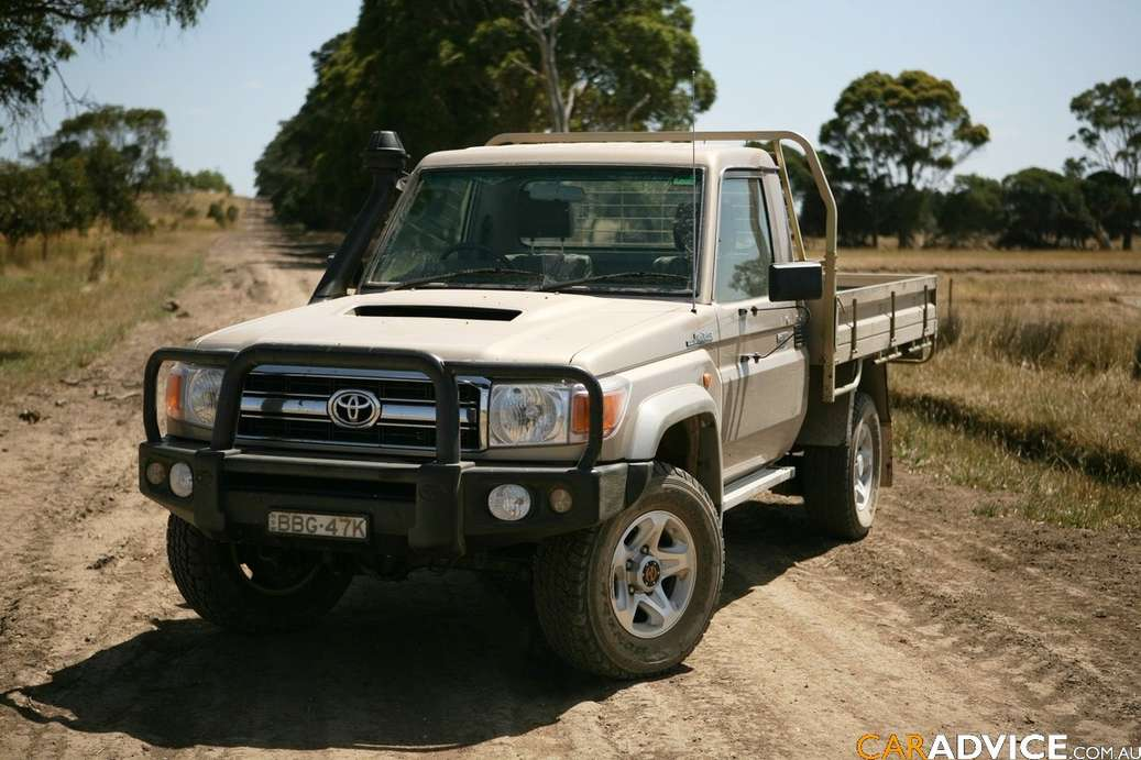 Toyota Land Cruiser 70 #7065591
