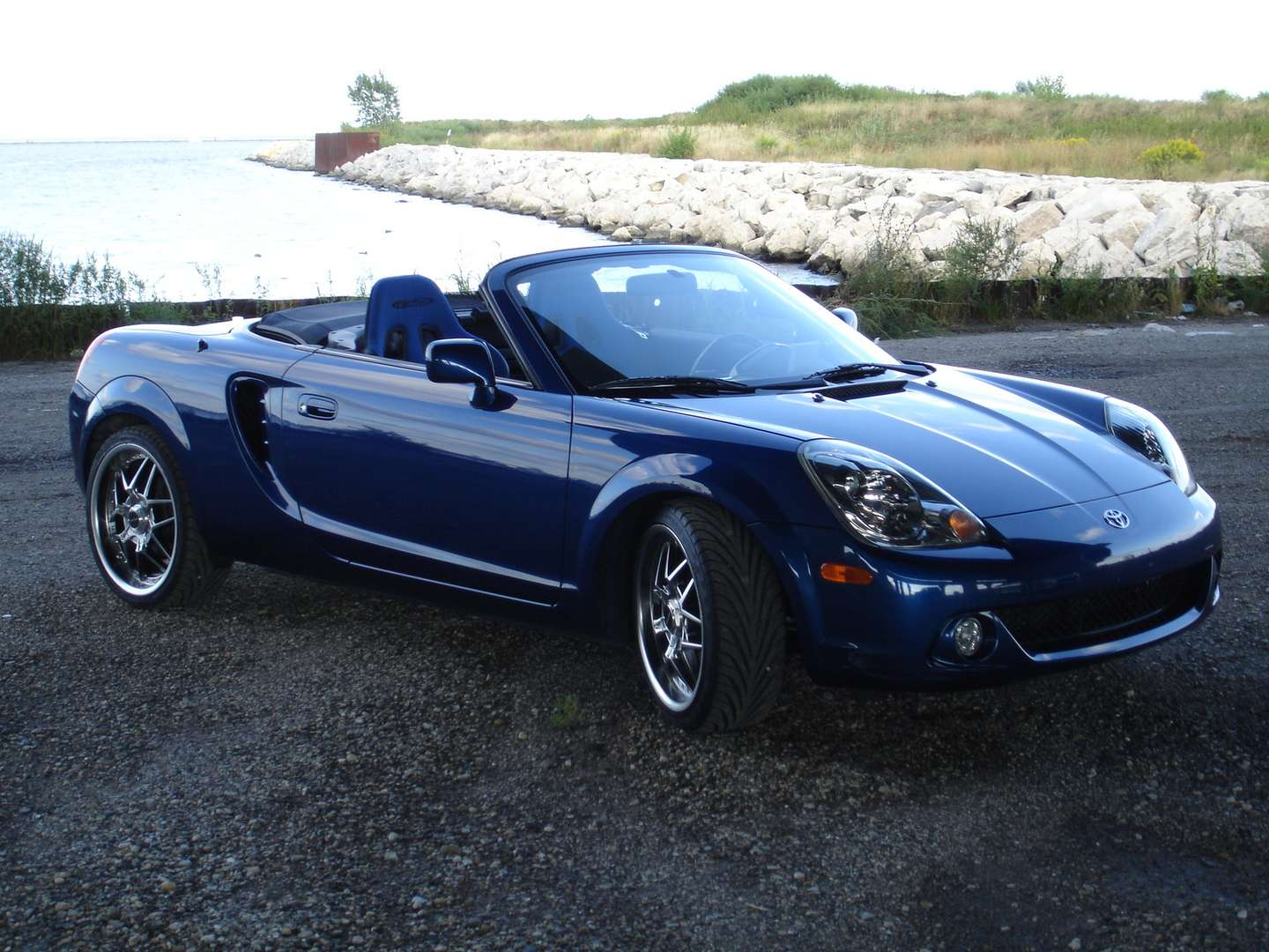 Toyota MR2 Spyder #8451661