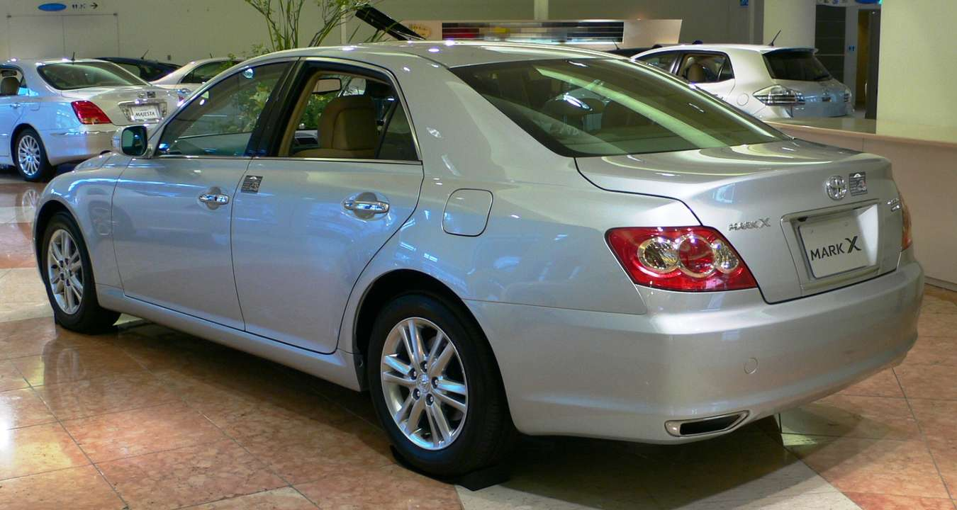 Toyota Mark X #9683778