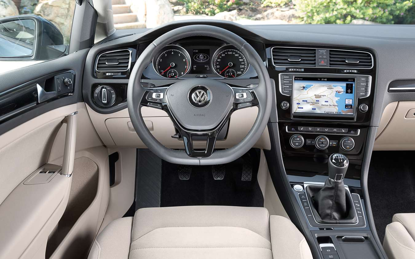Volkswagen Golf #9135832