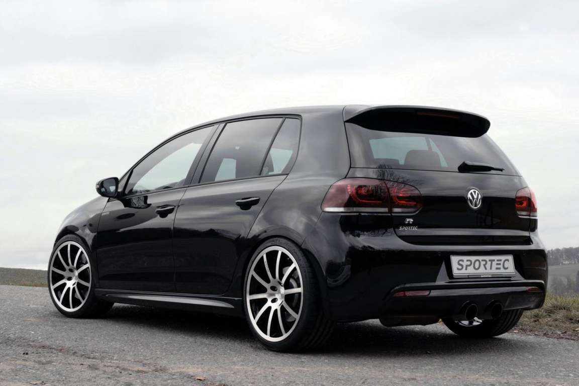 Volkswagen Golf R #9346266