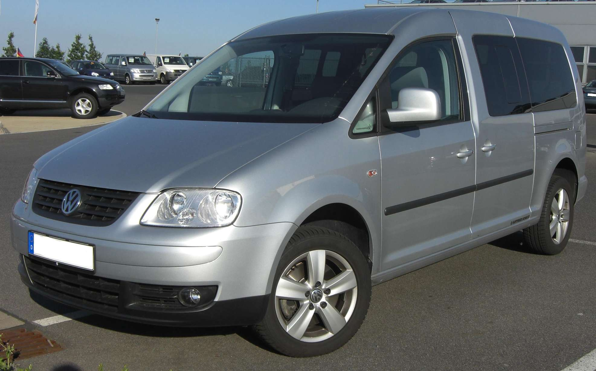 Volkswagen CADDY MAXI #7639670