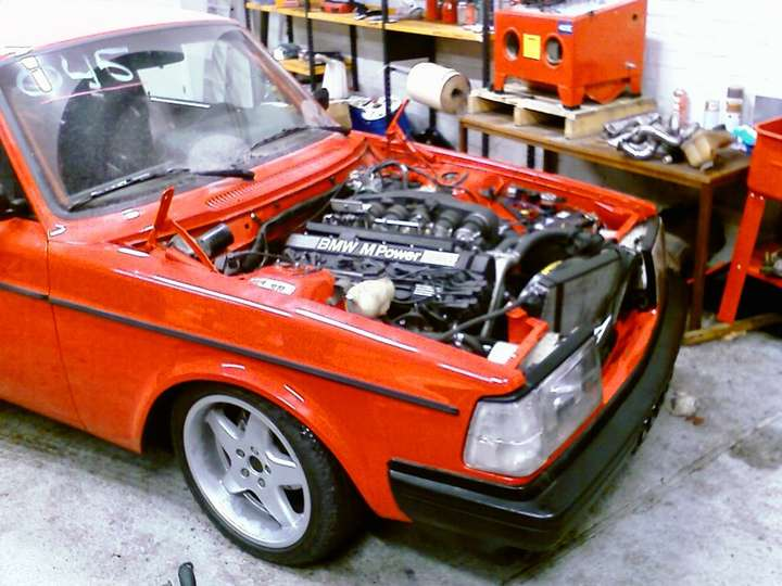 Volvo 240 Turbo #8806691