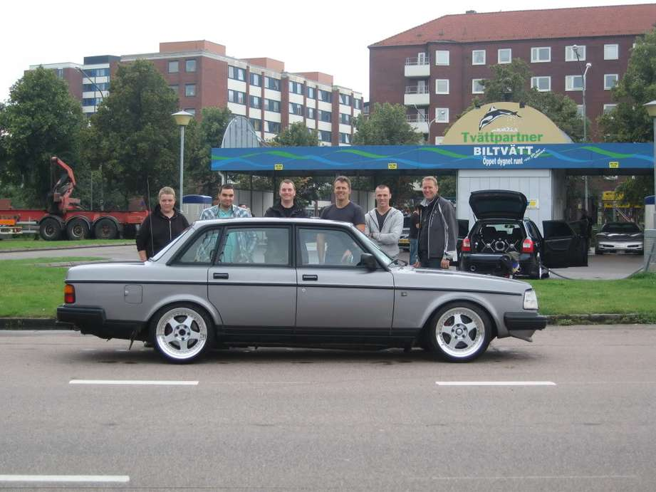 Volvo 240 Turbo #9134521