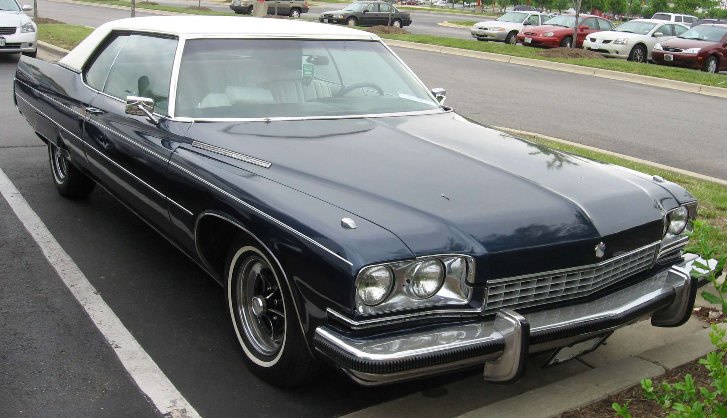 Buick Electra #7488709