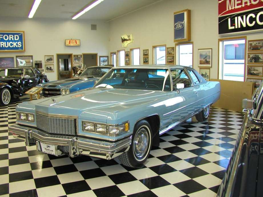 Cadillac Coupe DeVille #8320482