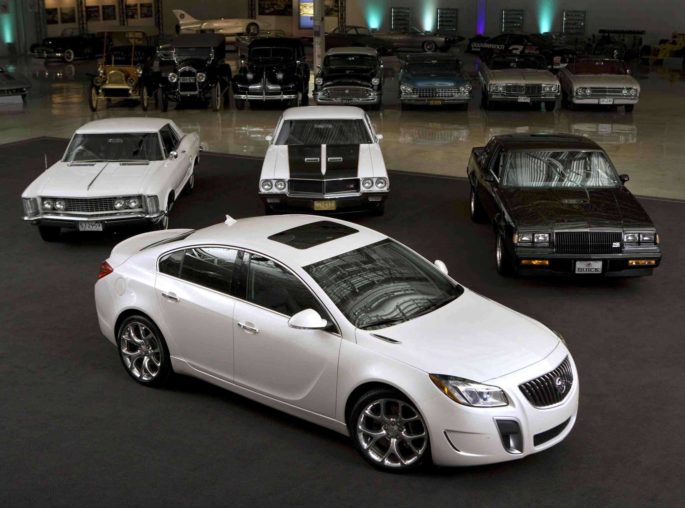 Buick Regal GS #7218317