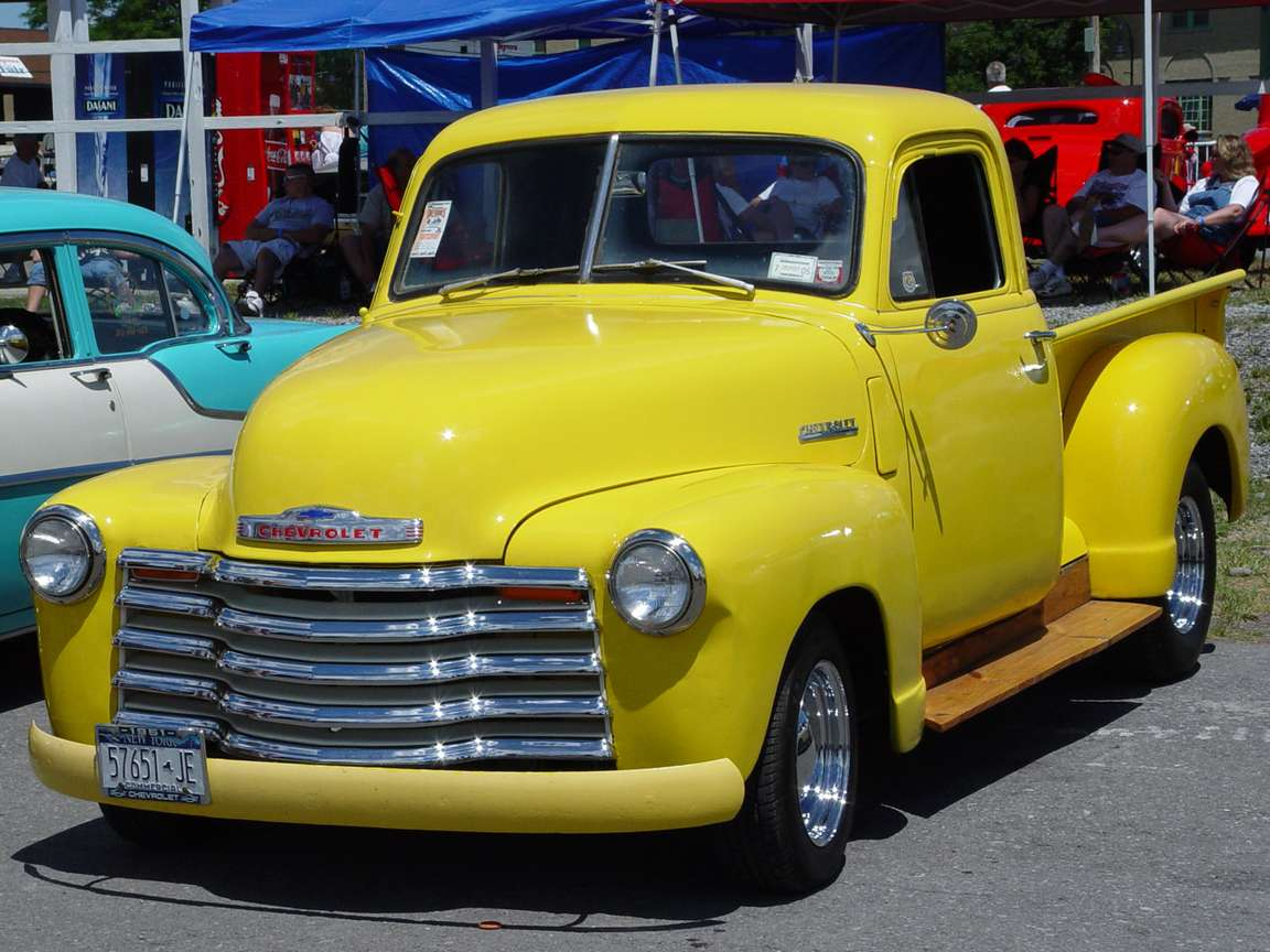 Chevrolet Pick-up #8379683