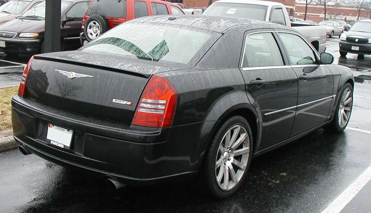 Chrysler 300C SRT8 #9001008