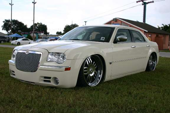 Chrysler 300 M #9689271